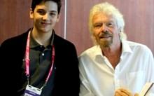 Julian Rios Cantu, 18 tuổi (bên trái) là doanh nhân trẻ nhất giành được 20.000 USD để phát triển ý tưởng của mình