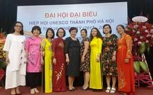 Các nữ đại biểu tham dự Đại hội Hiệp hội UNESCO thành phố Hà Nội lần thứ VI (Ảnh: KL)