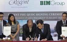 Ông Đoàn Quốc Việt - Chủ tịch Tập đoàn BIM Group và ông Steven Pan - Chủ tịch của Regent Hotels Group kí hợp đồng quản lý dự án