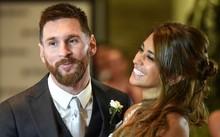 Messi hạnh phúc bên người vợ xinh đẹp