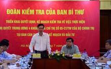 Đồng chí Võ Văn Thưởng phát biểu tại buổi làm việc.