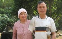 Nguyễn Đình Tuấn và mẹ