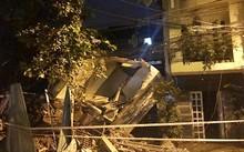 Căn nhà đổ sập hoàn toàn