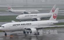 Nhật Bản đã phải hủy hơn 350 chuyến bay do ảnh hưởng của bão Talim. Ảnh: AFP