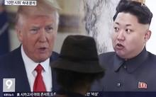 Hình ảnh Tổng thống Mỹ Donald Trump và nhà lãnh đạo Triều Tiên Kim Jong-un trong bản tin của truyền thông Hàn Quốc