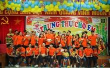 Học viên trung tâm CFOS tổ chức trung thu sớm cho các em nhỏ Trung tâm phục hồi chức năng Việt – Hàn