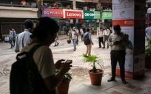 Hàng triệu người dân Ấn Độ là nạn nhân của thông tin giả trên mạng xã hội. (Nguồn: Bloomberg)