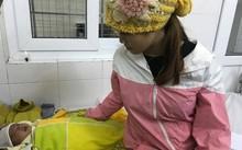 Bé T. có nguy cơ bị mù vĩnh viễn sau khi được nhỏ sữa mẹ vào mắt