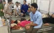 Các cháu bé của trường mâm Hương Lung huyện Cẩm Khê ngộ độc thực phẩm được điều trị tại Bệnh viện Đa khoa huyện Cẩm Kh