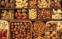 Ăn những loại hạt nào để da hết khô, môi đỡ nẻ?