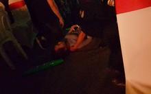 Fan nữ bị ngất vì chen lấn xô đẩy