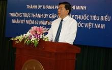 Bí thư Đinh La Thăng phát biểu tại buổi gặp mặt với các thầy thuốc tiêu biểu chiều 24/2.