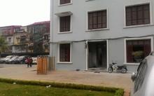Vụ việc xảy ra trước cửa phòng y tế trong khuôn viên trường Học viện Hành Chính.