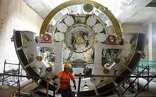 Robot khoan ngầm đang phục vụ thi công tuyến đường sắt đô thị số 1 (Bến Thành - Suối Tiên)