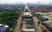 Tuyến đường sắt đô thị Nhổn  - Ga Hà Nội đang xây dựng phần ga nổi.