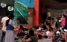 Hiện trường vụ nổ tại cổng nhà trẻ ở Trung Quốc ngày 15/6.