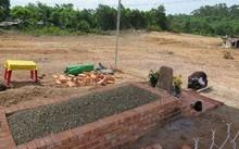 Lăng mộ tạm của bà Tài nhân Lê thị thụy Thục Thuận. Ảnh: Vĩnh Khánh.