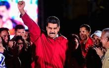 Tổng thống Venezuela Nicolas Maduro cùng những người ủng hộ. Ảnh: AFP.