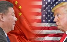 Tổng thống Mỹ Donald Trump (phải) và Chủ tịch Trung Quốc Tập Cận Bình