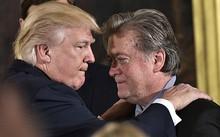 Tổng thống Mỹ và ông Bannon. Ảnh: Breitbart.