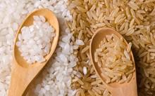 Gạo nâu có nhiều giá trị dinh dưỡng hơn gạo trắng. Ảnh: Vegkitchen.