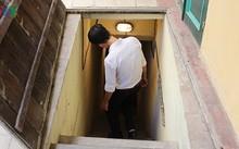Đường xuống căn hầm dành riêng cho gia đình Bộ trưởng Công an đầu tiên – ông Trần Quốc Hoàn.