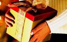 Cấm tặng quà Tết cho cấp trên dưới mọi hình thức