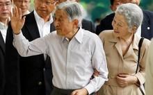 Nhật hoàng Akihito và Hoàng hậu Michiko. Ảnh: Reuters.
