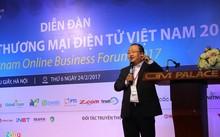 Ông Nguyễn Ngọc Dũng, Phó chủ tịch VECOM công bố chỉ số TMĐT Việt Nam 2017.