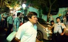 Phó chủ tịch quận 1 Đoàn Ngọc Hải xuống đường dẹp vỉa hè.
