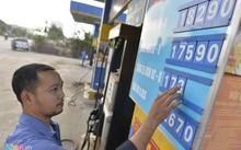 Petrolimex hiện chiếm 50% thị phần xăng dầu trong nước. Ảnh minh họa