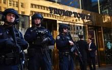 Chiếc laptop của mật vụ bị mất có chứa sơ đồ Tháp Trump và kế hoạch sơ tán khỏi tòa nhà này. Ảnh: New York Daily News.