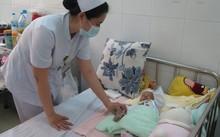 Nắng nóng ở TP.HCM khiến nhiều trẻ phải nhập viện.