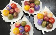 Bột bánh trôi ngũ sắc được rao bán trên mạng xã hội.