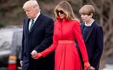 Tổng thống Mỹ Trump và phu nhân Melania cùng con trai Barron.