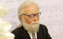 Tượng sáp cố nhạc sĩ Bắc Sơn, tác giả Còn thương rau đắng mọc sau hè.
