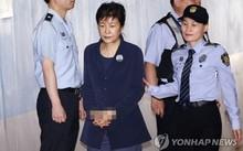 Bà Park Geun-hye hầu tòa sáng nay, 29/5. Ảnh: Yonhap