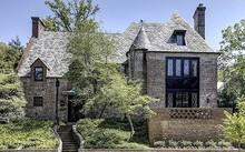 Bên ngoài căn biệt thự mà gia đình Obama mua ở Washington. Ảnh: Washington Fine Properties