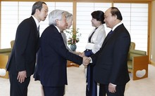 Thủ tướng Nguyễn Xuân Phúc và phu nhân hội kiến Nhà vua và Hoàng hậu Nhật Bản. Ảnh: TTXVN.