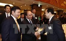 Thủ tướng Nguyễn Xuân Phúc trong buổi làm việc với các Doanh nghiệp Công nghệ thông tin Nhật Bản.