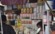 Chợ hoá chất Kim Biên