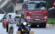 """15.000 logo """"bùa hộ mệnh"""" xe quá tải đã được bán ra tại Đồng Nai, Bình Dương, TPHCM (ảnh minh họa)."""