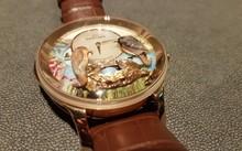 Trên thế giới chỉ có 8 chiếc đồng hồ Tổ Chim tương tự, được đánh số từ 1/8 đến 8/8.