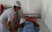 Anh Trần Hồ Thái B, đang nằm điều trị tại bệnh viện Đa khoa thành phố Cần Thơ.