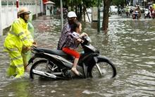 22 điểm ngập úng, 40 nút giao trọng điểm ở Hà Nội sau cơn mưa sáng 13/6.