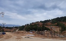 Hiện trạng 40 nền móng biệt thự khu nghỉ dưỡng biển Tiên Sa trên bán đảo Sơn Trà.