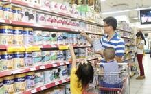 Kiểm tra đột xuất việc đăng ký giá sữa cho trẻ em dưới 6 tuổi