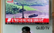 Tên lửa Hwasong-14 của Triều Tiên được phóng sớm 4/7. (Ảnh: Reuters)