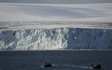 Nam Cực là một trong những vùng nóng lên nhanh nhất thế giới. Ảnh: Pinterest.