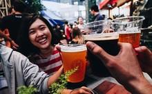 Bia thủ công đang dần trở nên phổ biến với người Việt. Ảnh: CNN